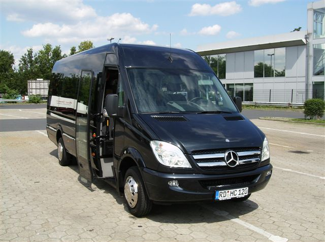 vip kleinbus fotos bavaria chauffeur. Black Bedroom Furniture Sets. Home Design Ideas