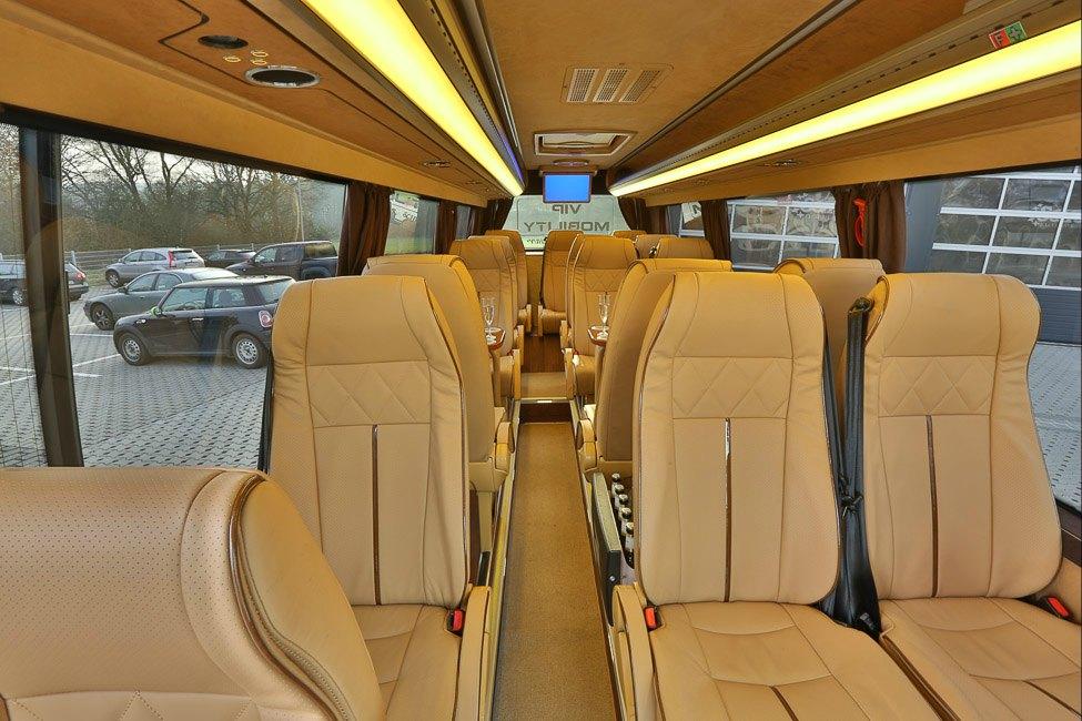 tyska postbussen startar med minibussar nya expresslinjer. Black Bedroom Furniture Sets. Home Design Ideas